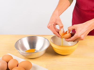 Come aprire il guscio d'uovo