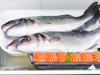 pesce nel frigorifero