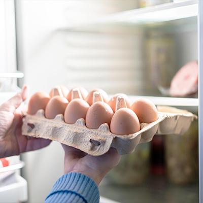 Le uova vanno conservate in frigorifero